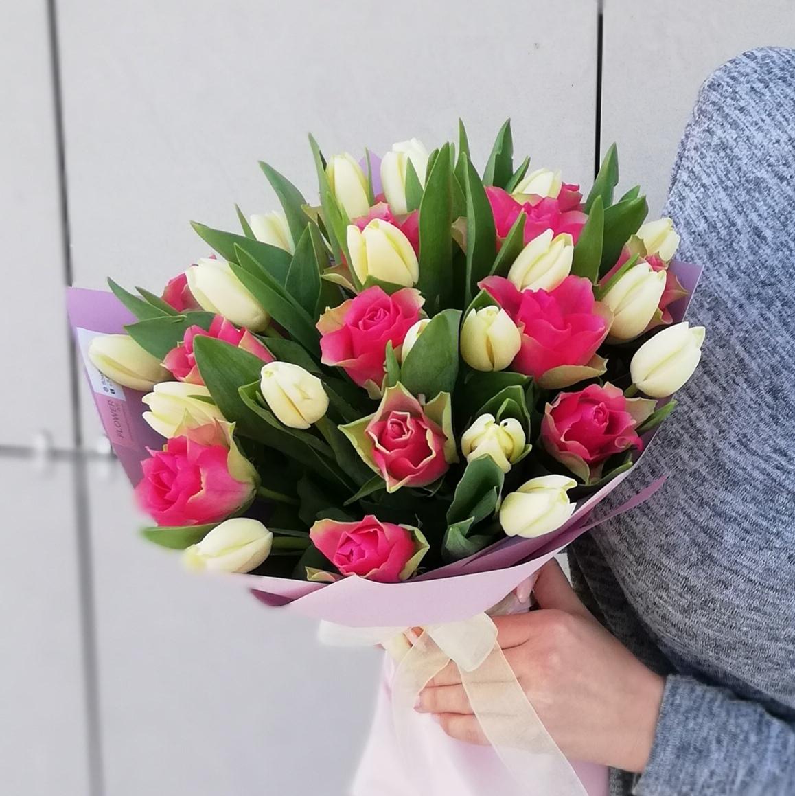 вход букеты из роз и тюльпанов картинки фото являются